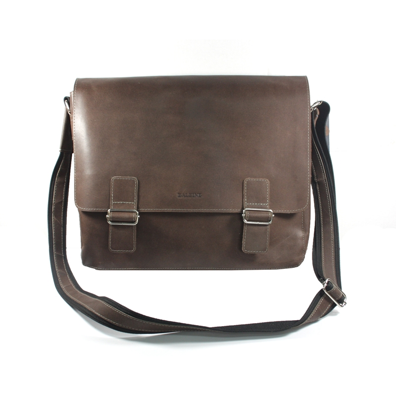 abcc4ebe8eaa7 Skórzana torba z klapą na ramię na laptopa